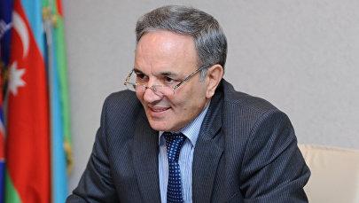 Председатель Совета печати АР Афлатун Амашов, фото из архива