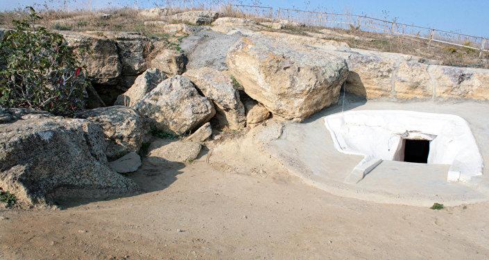 Пещера Вагам в поселке Гарачала Сальянского района