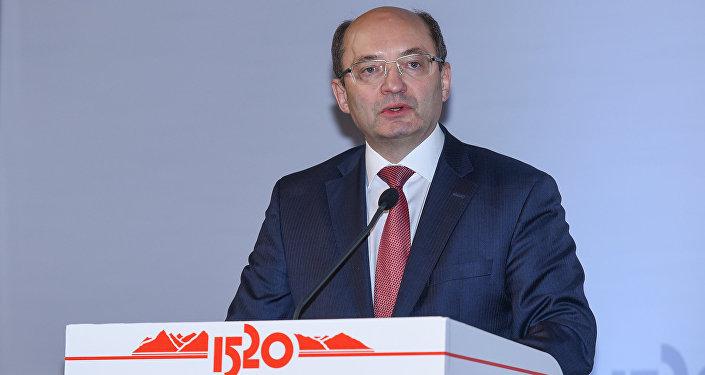 Первый вице-президент ОАО Российские железные дороги Александр Мишарин
