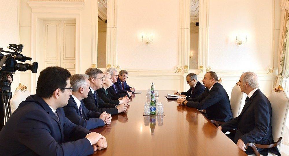 Александр Лукашенко провел переговоры спрезидентом Азербайджана Ильхамом Алиевым