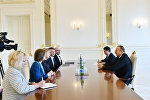 İlham Əliyev Böyük Britaniyanın Baş nazirinin Azərbaycan üzrə ticarət elçisini qəbul edib