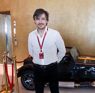 Rusiyalı şərhçi Aleksey Popov