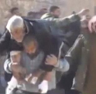 Боевики обстреливали мирных жителей, покидавших Алеппо