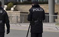 Bakıda polis əməkdaşları, arxiv şəkli
