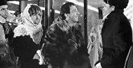 Раднэр Муратов (слева), Георгий Вицин (второй слева) и Савелий Крамаров (третий слева) в фильме Джентльмены удачи