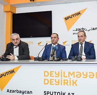 Sputnik Beynəlxalq Mətbuat Mərkəzində, Başa çatmaqda olan ildə iqtisadi problemlər və onların həlli yolları mövzusunda keçirilən dəyirmi masa