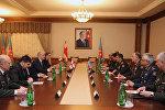 Встреча между министрами обороны Азербайджана и Грузии в расширенном составе