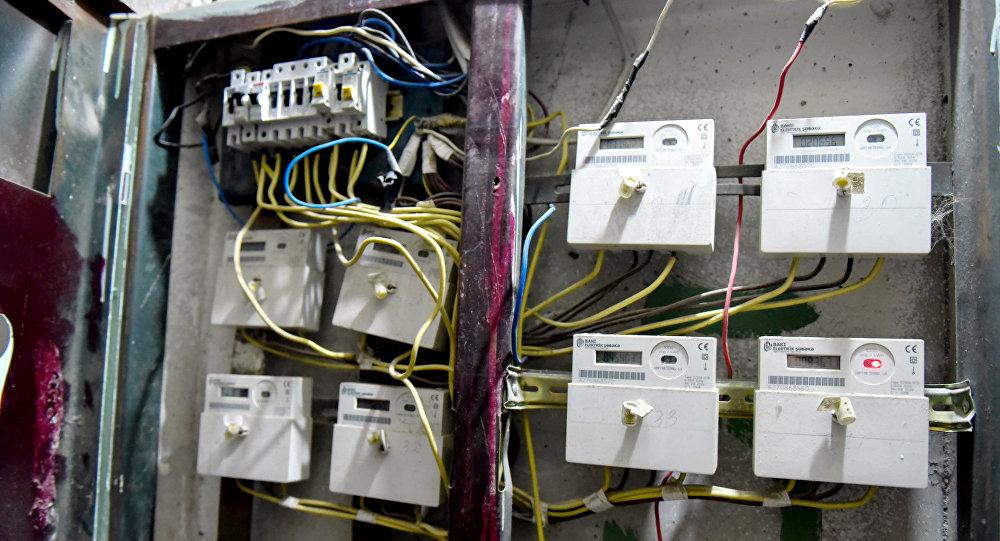 Электрические счетчики, фото из архива