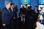 Нурсулстан Назарбаев сыграл на домбре