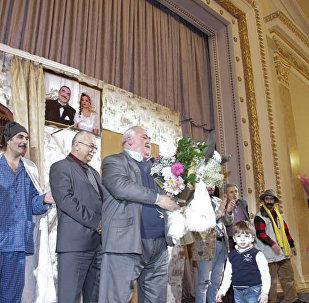 Sumqayıt Dövlət Dram Teatrında, fransız yazıçısı Marsel Berkye-Marinyenin Oğru əsəri əsasında tamaşa