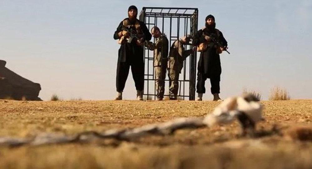 İŞİD diri-diri yandırdığı türk əsgərləri