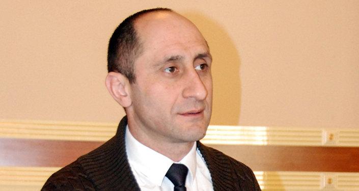 İqtisadçı-ekspert Zaur Əhmədov