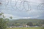 Колюча проволока на границе, фото из архива