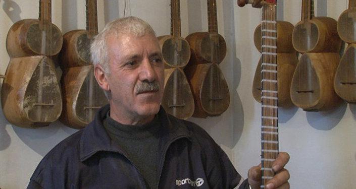 Tar ustası Nəsib Quliyev