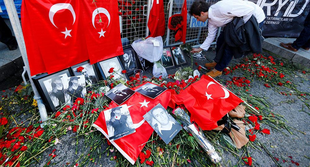 Расстрелявший людей вночном клубе Стамбула просит осмерти