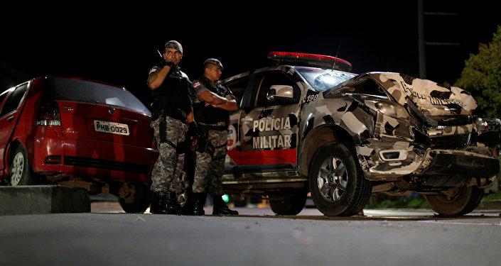 Braziliya polisi üsyan yerində