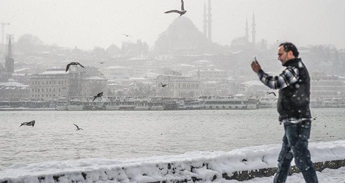 İstanbulda qar