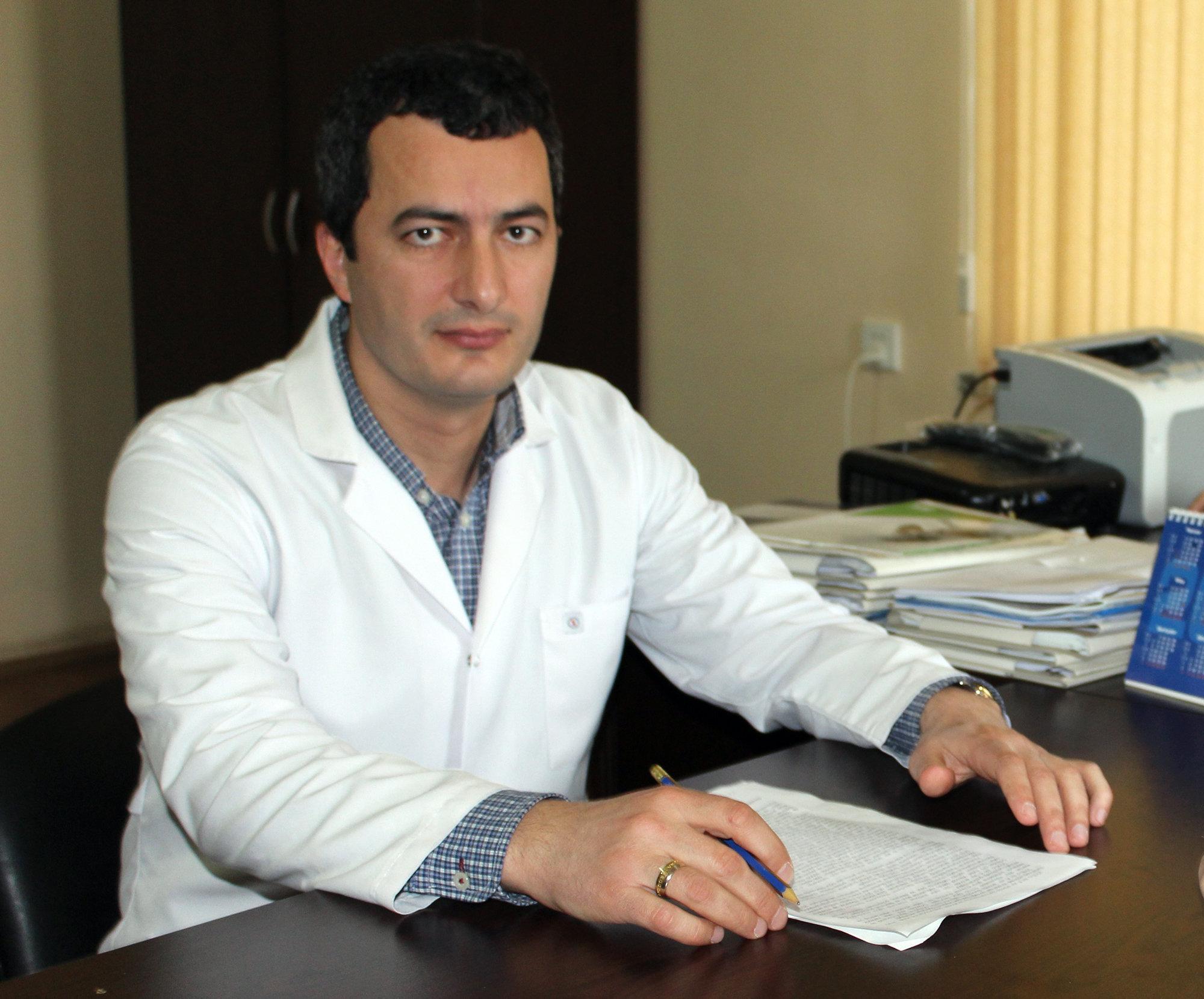 Заведующий отделом Республиканского наркологического центра (РНЦ) Парвин Мамедов