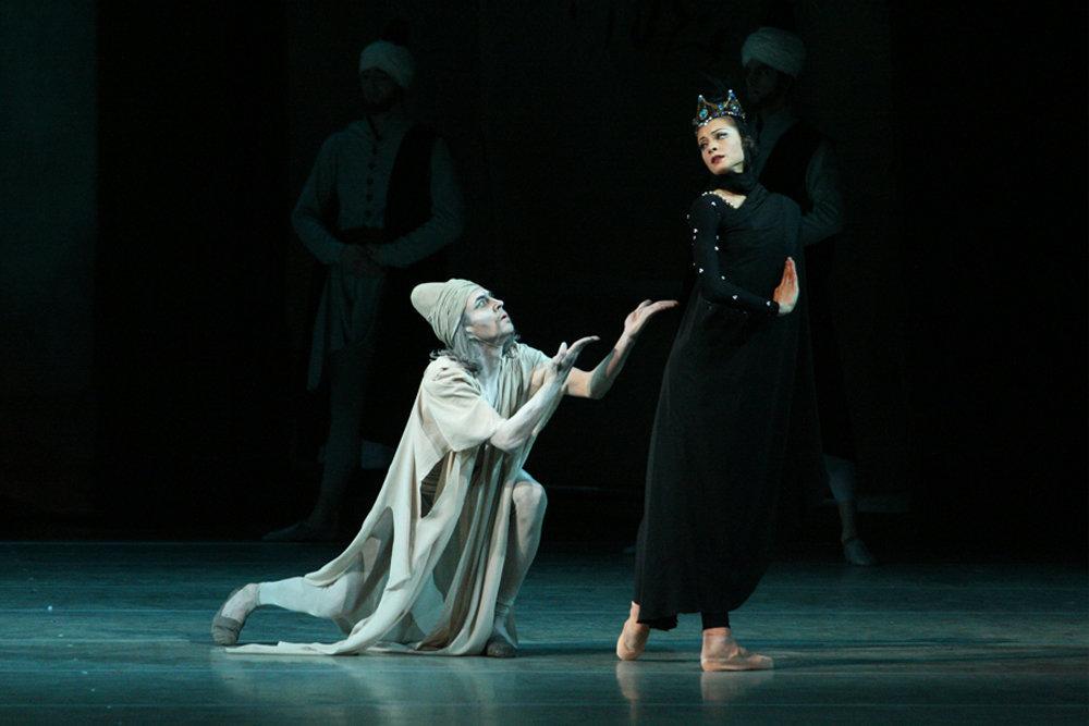 Балет Арифа Меликова Легенда о любви на сцене Мариинского театра в Санкт-Петербурге