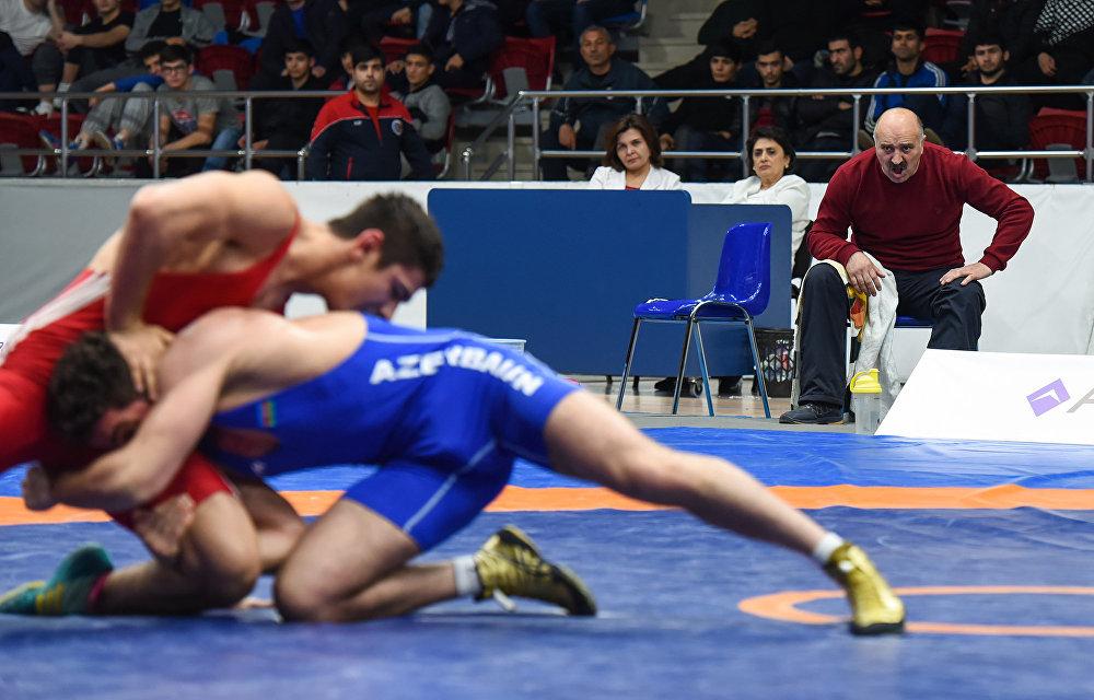 Чемпионат Азербайджана по борьбе среди взрослых
