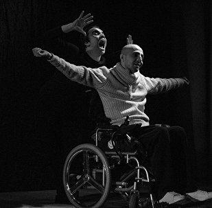 Первый азербайджанский театр с участием людей с ограниченными возможностями ƏSA (Трость)
