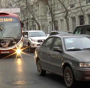 Эксперт: специальные полосы движения для автобусов не помогут Баку