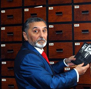 Заслуженный работник культуры Азербайджана Пярвиз Гулиев отмечает двойной юбилей – 75 лет со дня рождения и 55 лет работы в кино