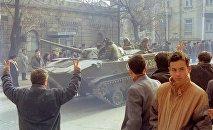 Bakının mərkəzində Sovet tankları, 19 yanvar 1990-cı il