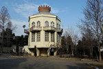 Naftalan rayonunda samovar formasında çay evi