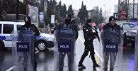 Полицейские в Стамбуле, фото из архива