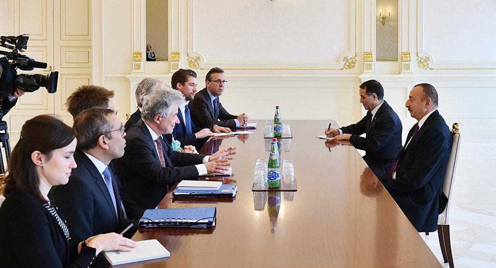 Президент Ильхам Алиев принял гендиректора Еврокомиссии