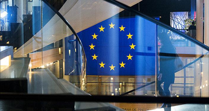 Флаг ЕС в здании Европарламента