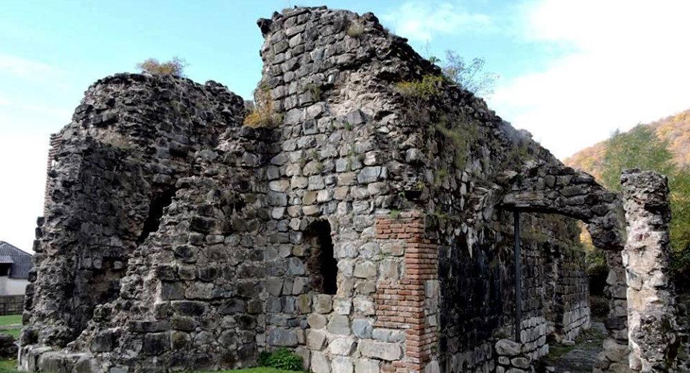 Храм в Гуме