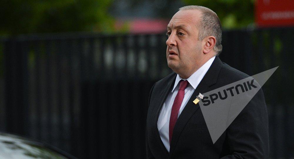 Президент Грузии исключает сотрудничество сРоссией пообмену информацией