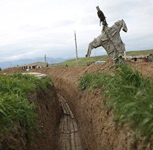 Окопы в зоне карабахского конфликта, фото из архива