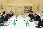 Министр экономики Шахин Мустафаев встретился с вице-президентом ВБ по Европе и Центральной Азии Сирилом Мюллером