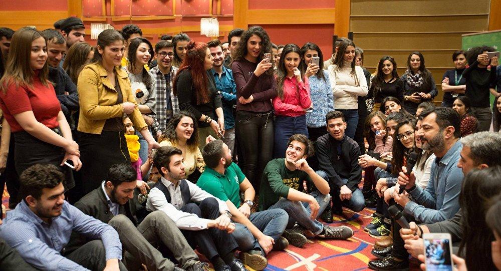 Карабахские скакуны объявлены талисманами Исламиады встолице Азербайджана