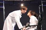 Сцена из спектакля Жестокий урок по одноименной пьесе Валентина Красногорова