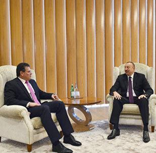 Президент Ильхам Алиев принял вице-президента Еврокомиссии по вопросам Энергетического союза Мароша Шефчовича