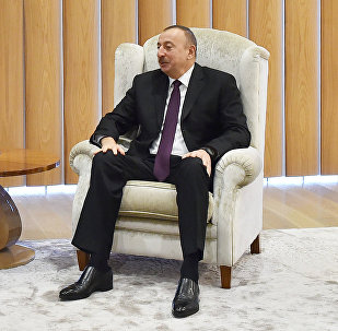 Президент Азербайджанской Республики Ильхам Алиев встретился с министром экономического развития Итальянской Республики Карло Календой