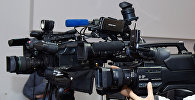 Видеокамеры, фото из архива
