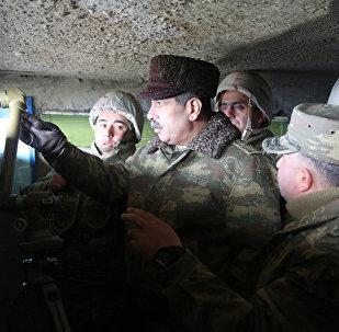 Министр обороны АР Закир Гасанов отразил диверсию противника