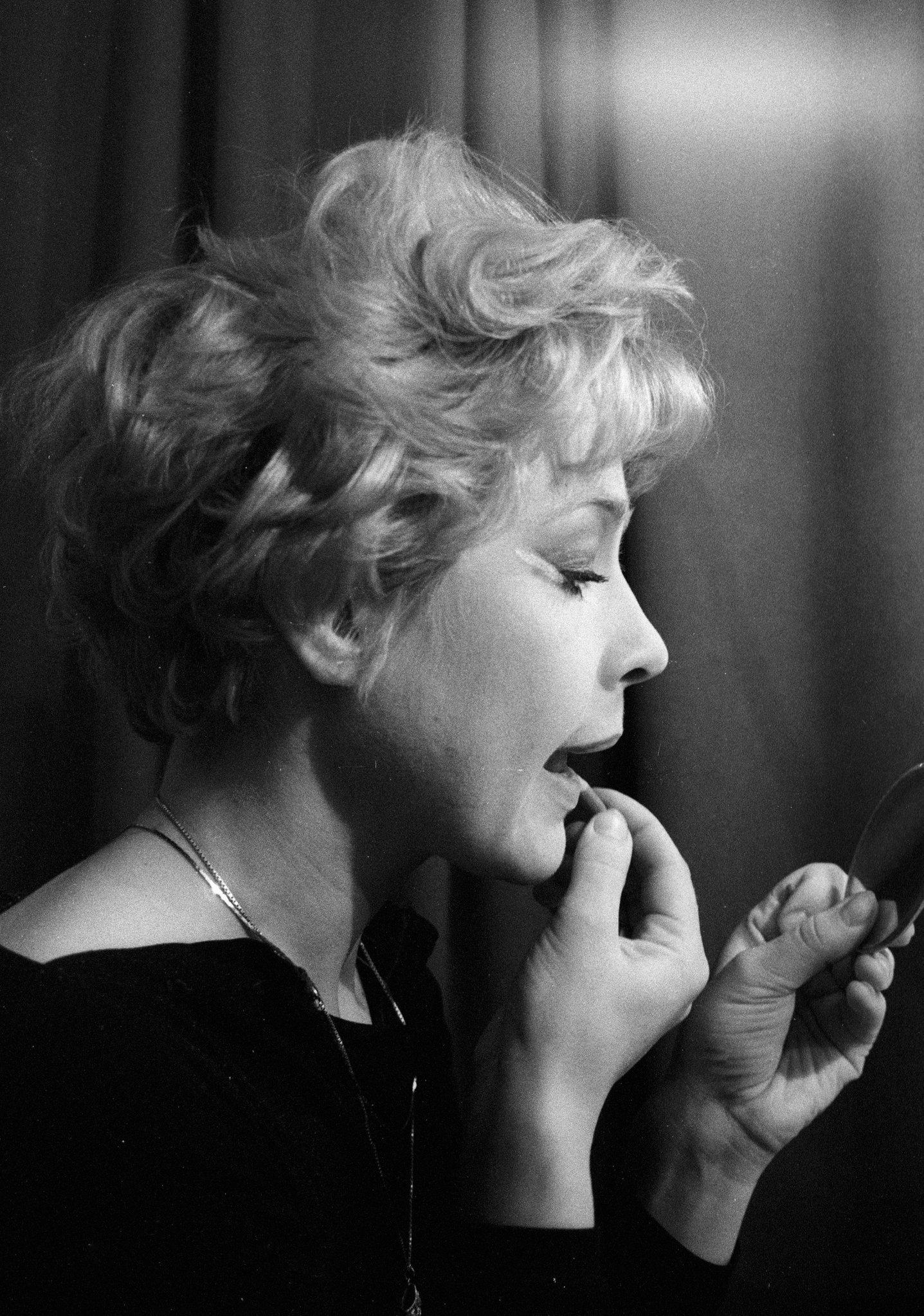 Одна из самых популярных актрис драматического театра им. М. Н. Ермоловой Татьяна Догилева