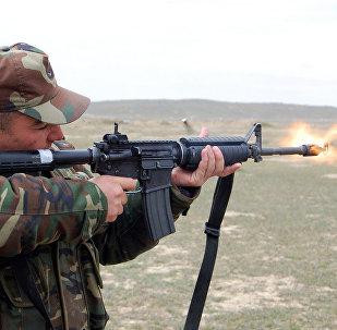 Солдат ВС Азербайджана, фото из архива