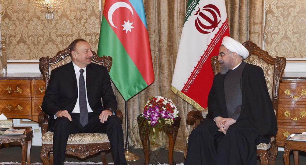 Ильхам Алиев посетил софициальным визитом Иран