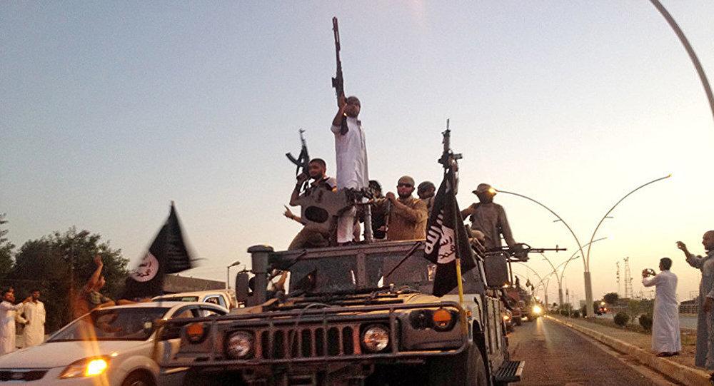 Боевики ИГ в Мосуле, фото из архива