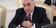 Министр иностранных дел Азербайджана Эльмар Мамедъяров во время встречи в Москве с министром иностранных дел РФ Сергеем Лавровым