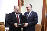 Министр иностранных дел Азербайджана встретился с заместителем председателя Совета Федерации России Ильясом Умахановым