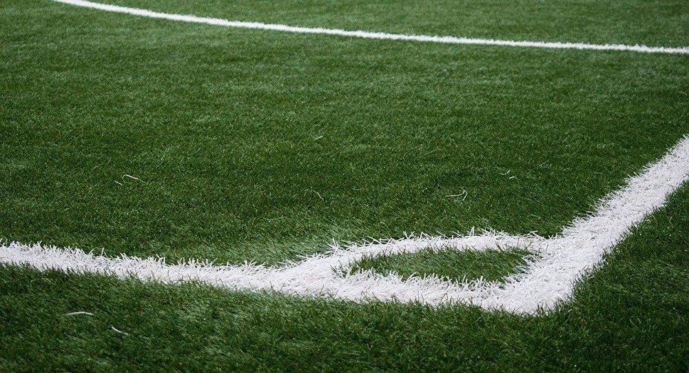 Футбольное поле, фото из архива