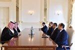 Ильхам Алиев принял государственного министра Саудовской Аравии по вопросам залива